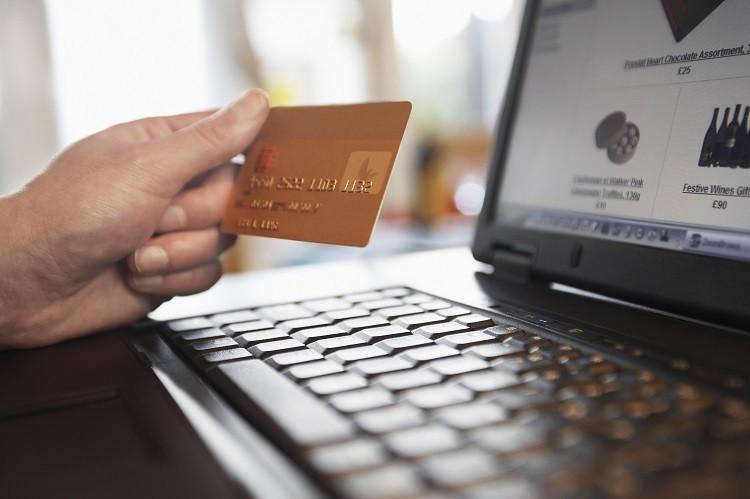Jak bezpiecznie korzystać z usług instytucji pozabankowych